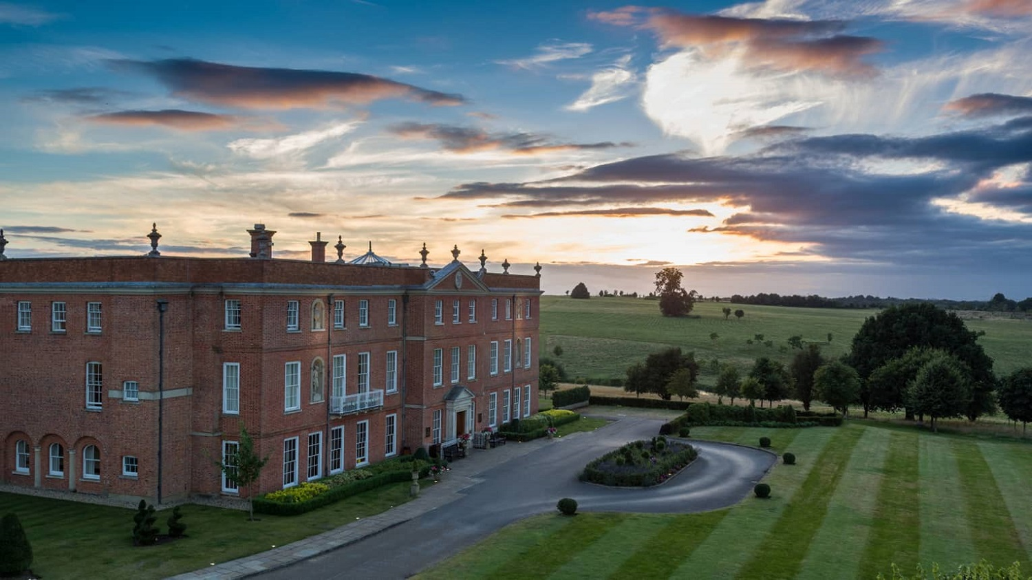 Four Seasons Hampshire Wedding Venue